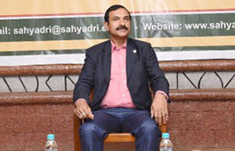 enior scientist of DRDO visits Sahyadri