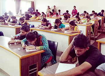 MBA-HR Students conduct Aptitude Test for 1st year MBA