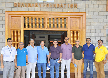 Alumni of MCE, Hassan visits Sahyadri along with the Trustee