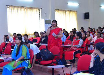 "MBA Faculty presents on ""Typing Master Pro, a value added course initiated at Sahyadri"""