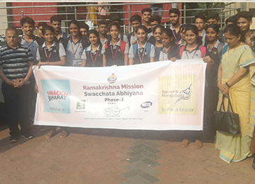 First year engineering students volunteered for Swacchata Abhiyan Awareness programme
