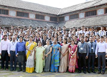 UG Students of Vivekananda College Puttur came to Sahyadri for Start-Up visit & Hands-On Training in Computers
