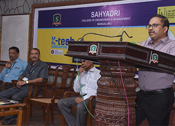 Girish R, Director of ITBT, Govt. of Karnataka visits Sahyadri