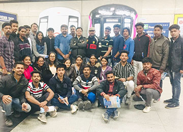 MBAs on Industry Visit to Delhi Metro Museum