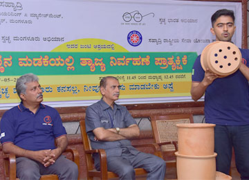 Sahyadri organizes Pot Compost Demonstration for teaching and non-teaching faculty
