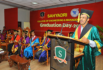 Seventh Graduation Day Celebrated in the Campus